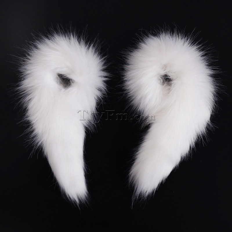 3-furry-wrist-sleeve-white-cuff-wristband.jpg