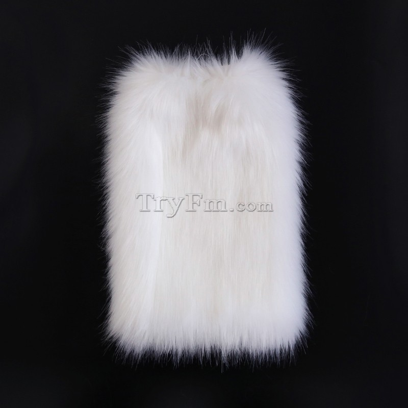 4-leg-sleeve-white-furry-1.jpg