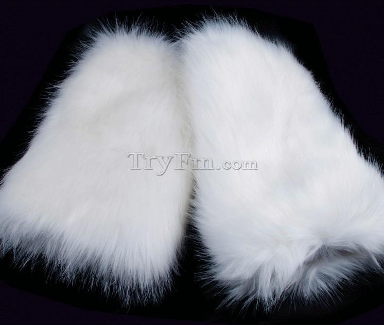 4-leg-sleeve-white-furry.jpg