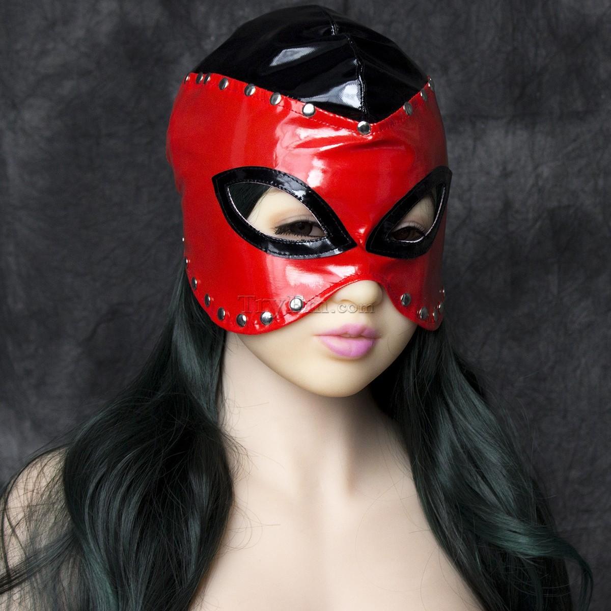 13-Masked-Queen-Cap-1.jpg