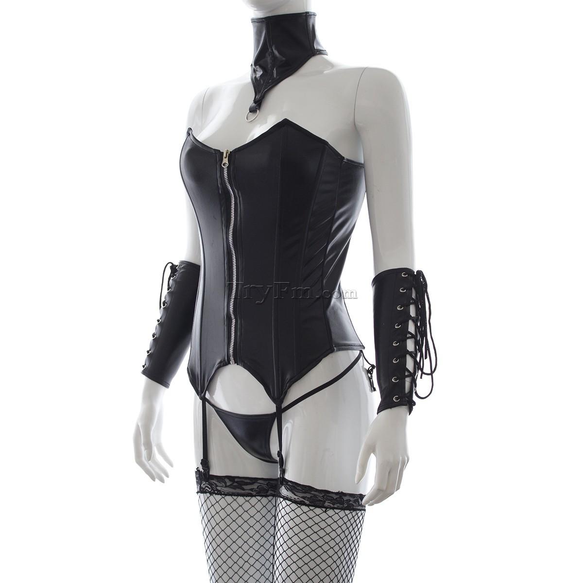 3-Wet-look-zip-corset-2.jpg