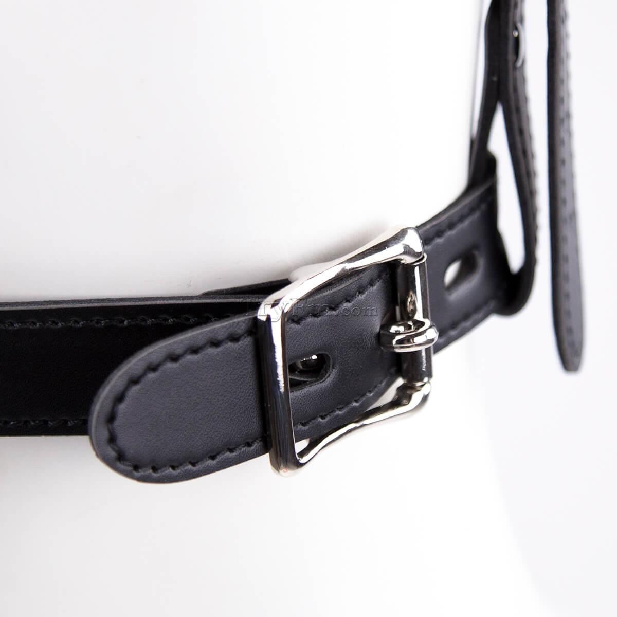 17-Plug-up-Leather-Head-Harness-Mouth-Gag-10.jpg