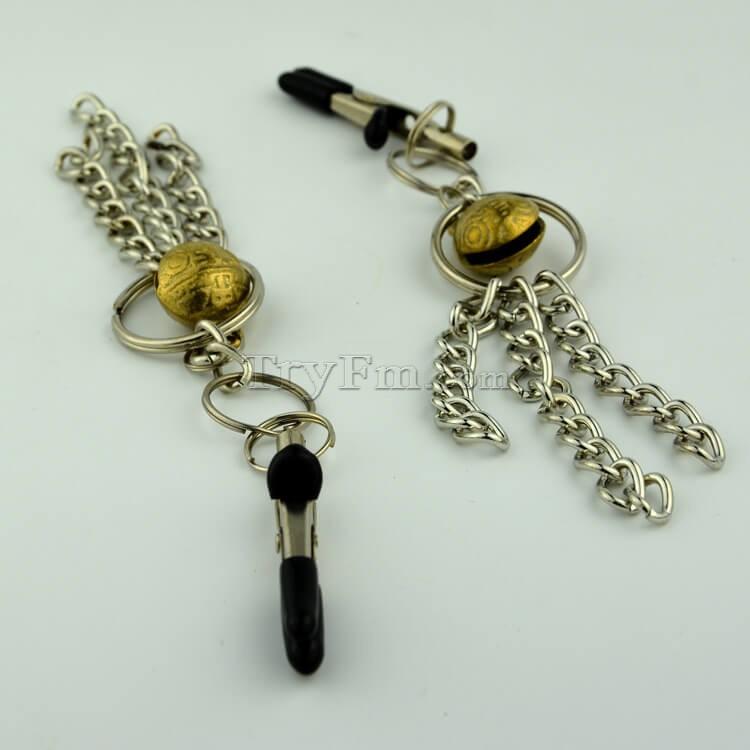 11-nipple-clamp-with-metal-tassels2.jpg