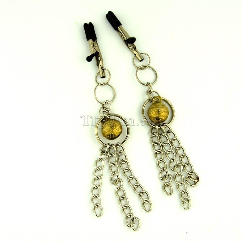 11-nipple-clamp-with-metal-tassels5.jpg