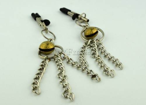 11-nipple-clamp-with-metal-tassels7.jpg