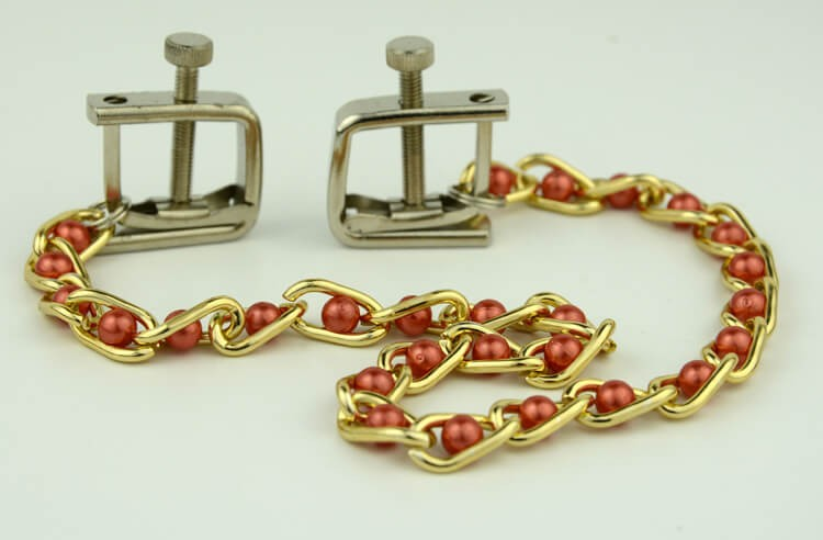 14-nipple-clamp-with-pearls-chain1.jpg