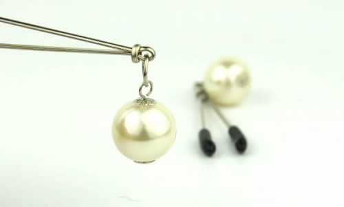 20-nipple-clamp-with-pearl2.jpg