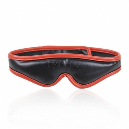 16-padd-leather-blindfold15.jpg