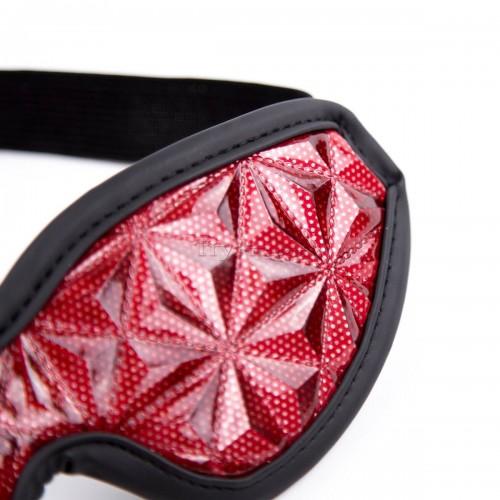 9-Stereoscopic-diamond-pattern-blindfold5.jpg