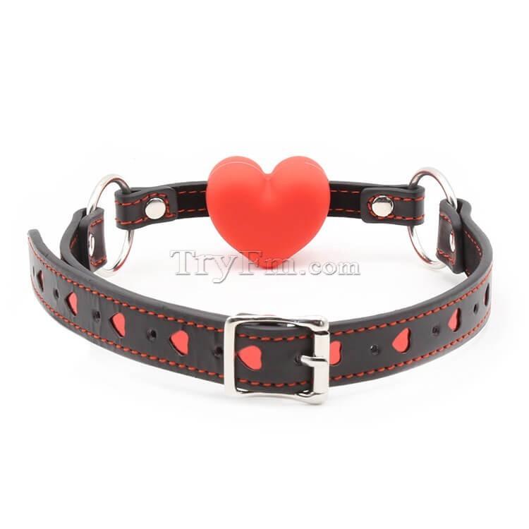 10-Red-Heart-Mouth-Gag2.jpg