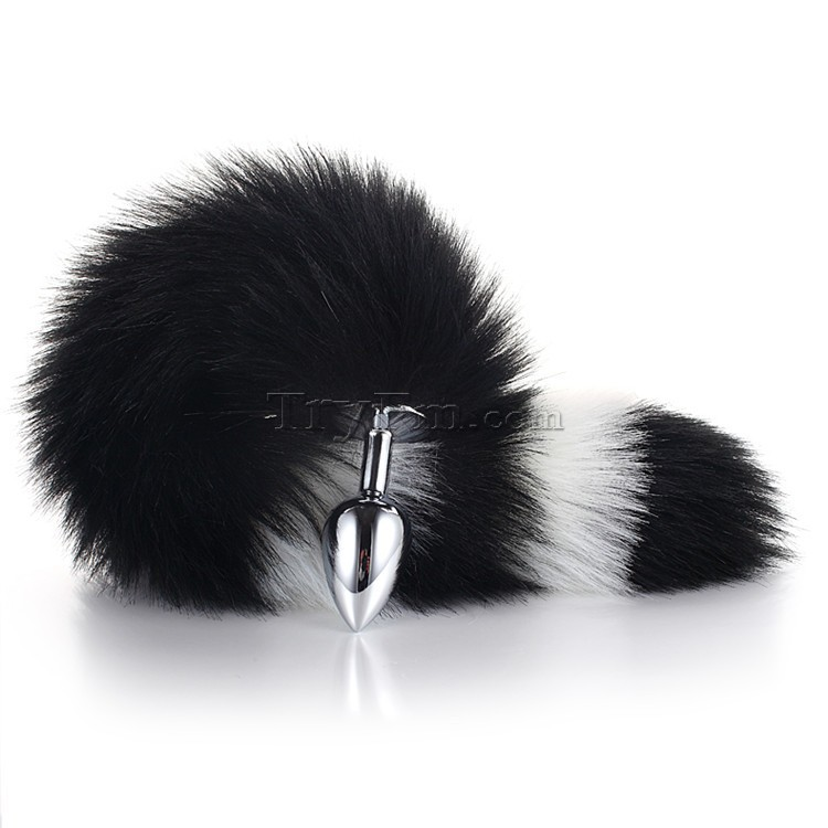 3-white-black-furry-tail-anal-plug14.jpg