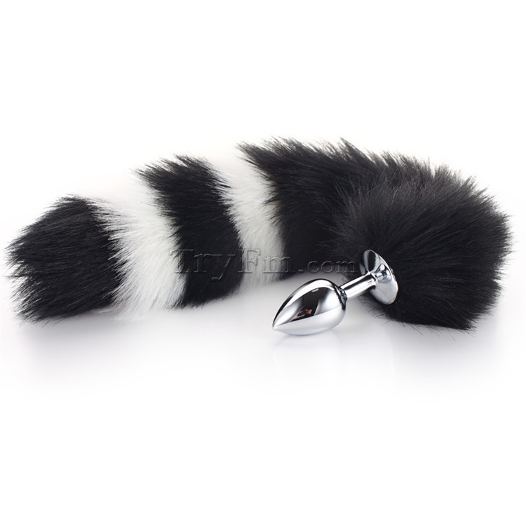 3-white-black-furry-tail-anal-plug17.jpg