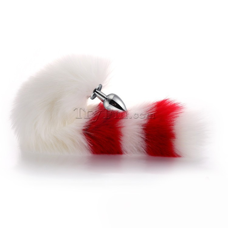4-white-red-furry-tail-anal-plug3.jpg