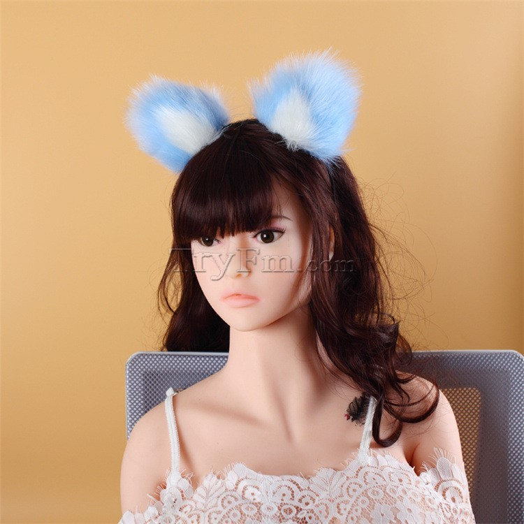 7-blue-white-furry-hair-sticks-headdress5.jpg