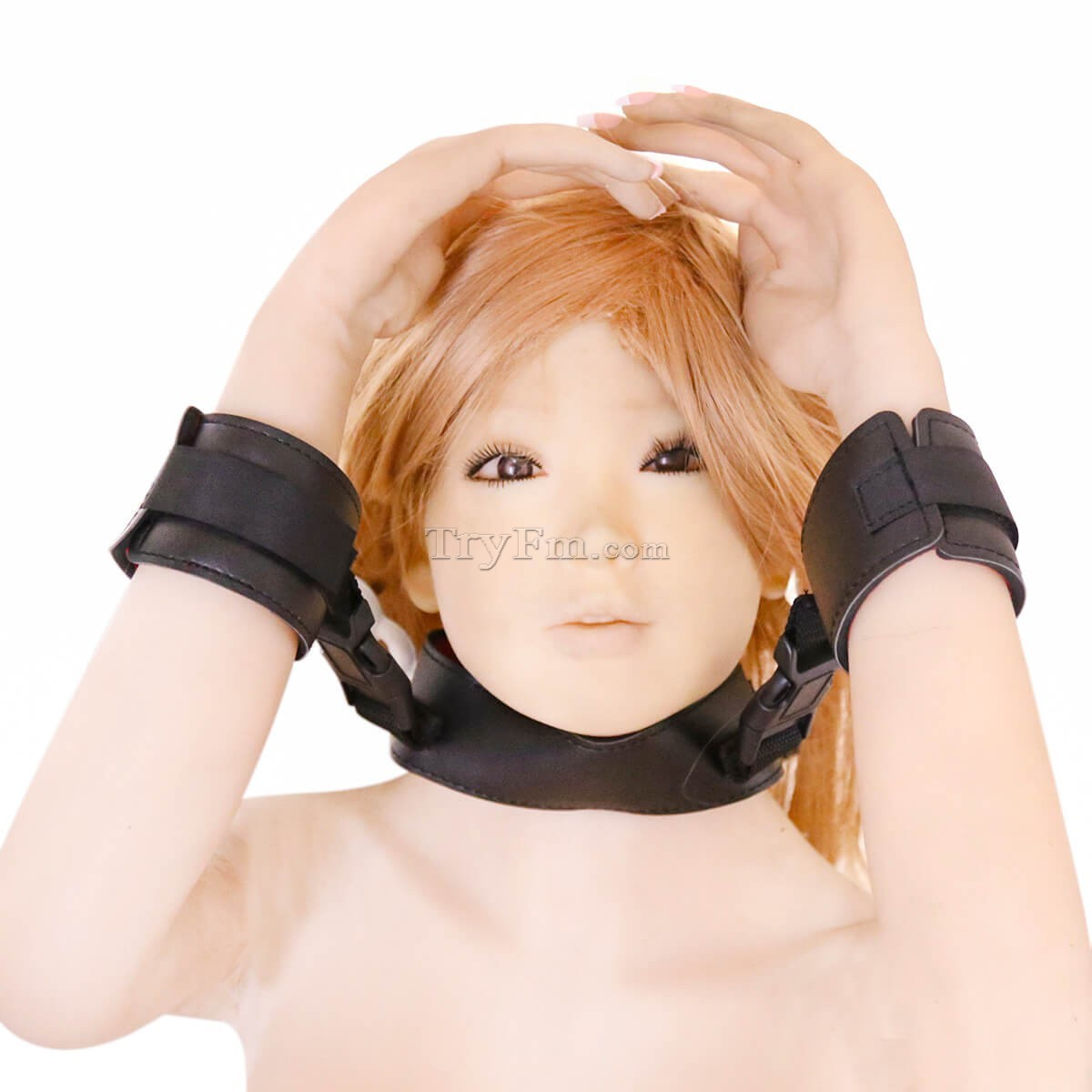 10-Polyethylene-neck-collar-with-cuffs6.jpg